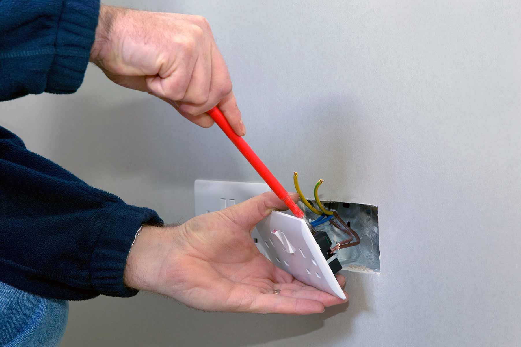 Our electricians can install plug sockets for domestic and commercial proeprties in Edmonton and the local area.